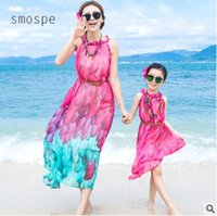 Wholesale Red 12 Mo Dresses - Mother and Daughter Matching Dress 2017 Mother Daughter Clothes Chiffon Dress Ruffle Neck Floral Bohemian Beach Dress Family Clothing 114