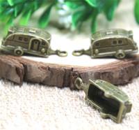 ingrosso camper di rimorchio-Ciondoli per trailer 10pcs-Camper, pendenti in bronzo antico da viaggio per rimorchi da viaggio 27x10x10mm