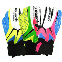 Wholesale Winter Leather Cycling Gloves - 2017 New Brand Professional Men Goalkeeper Gloves With Finger Protection Thickened Latex Soccer Goalie Gloves Football Goal keeper Gloves