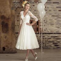 Wholesale Quarter Length Sleeve Dresses - Three Quarter Sleeves Lace Vintage V-neck Cheap Beach Bridal Dresses 2017 Casamento Vestidos De Short Wedding Dress1815