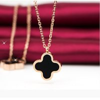 Wholesale Clover Design Necklaces - Black Clover design necklace pendant necklace jewelry for women and girls four leaf clover jewelry maxi statement 162289