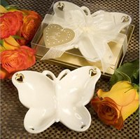 Wholesale Butterfly Dishes - Ceramic butterfly fruit plate 13.7*9.9cm snack tea plate exquisite candy dishes zakka wedding decoration party fevor gift DR34