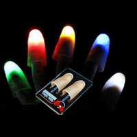 1 Pair Magic Thumb Tip LED Light Magic Trick Finger Lights pour Dance Party Props Blue Green Red Light