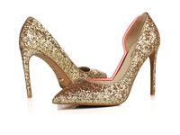 Vente chaude Sexy Nouveau style chaussures à talons hauts Bright Gold  Silver mariée en cristal mariage chaussures plus légères pour les chaussures  de femmes ... 4836194fa17b