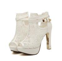 elegante brautschuhe für hochzeit großhandel-Elegante Braut Hochzeit Schuhe Lace Hochzeit Stiefel Sommer aushöhlen Plattform Schuhe Party Abend Größe 34 bis 39
