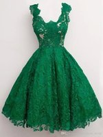 Wholesale Emerald Green Sashes - 2018 Emerald Green Prom Dress Vestidos Curto De Festa 2017 Knee Length Evening Dresses Cheap Lace Party Homecoming Dresses