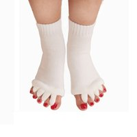 Wholesale Sleeping Massage Toe Socks - Massage Five Toe Socks Fingers Separator Comfy Toes Sleeping Socks Foot Alignment Pain Relief Socks 10 Colors Free Shipping ZA2430