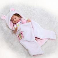 poupées réalistes en silicone pour filles achat en gros de-22 pouces réaliste doux en silicone solide Reborn fille bébé réaliste nouveau-né poupée cadeau jouet
