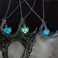 Wholesale dropship charms - Magic Moon Heart Pendant Necklace Glow In The Dark Necklace Vintage Steampunk Hollow Love Glowing Luminous Necklace fashion Jewelry dropship