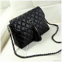 Wholesale messenger bag minimalist - Wholesale- New Style Retro Minimalist Crossbody Bag Fashion Small Women Shoulder Bag Tassel Women Messenger Bag