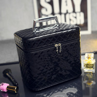 Wholesale Diamond Pattern Plastic - New! soft PU makeup box with handle classic logo pattern luxury pattern C Diamond lattice makeup bag box with mirror
