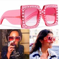 Wholesale Tops Design For Women - Limited edition sunglasses sparkling diamond design square frame popular protection sunglasses top fashion summer style for women