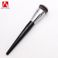 Wholesale buff black - Professional Makeup Black Long Wood Handle Short Synthetic Fiber No .70 Large Pro Buffing Brush Make Up Tools