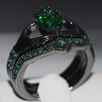 Atacado Jóias de moda de alta qualidade Claddagh 10KT Black Gold Filled Heart Shape Emerald CZ Diamond Gemstones Wedding Women Bridal Ring