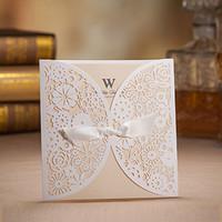 convites clássicos do casamento cartões venda por atacado-Atacado-White Laser design clássico cartões de convite de casamento, folha interna bege para impressão, com envelopes, frete grátis, 50 jogos / lote,