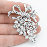 Sparlking Clear Rhinestone Crystals Lovely Grape Alloy Brooch Alta qualidade Diamante Lady Clothes Party Broaches Silver e Gold Color