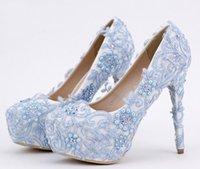 tacones de cuentas azules al por mayor-Zapatos de Cenicienta de encaje azul con cuentas Rhinestones nupcial de dama de honor de la boda zapatos 2017 Prom noche noche Club Party Super tacones
