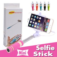 свечи для пены оптовых-Супер мини проводной Selfie Stick ручной портативный свет пены монопод встроенный Bluetooth раза Автопортрет Stick держатель совместим с телефоном