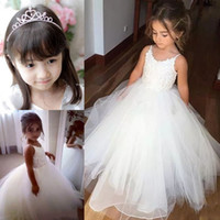 Wholesale Cheap Christmas Gifts Free Shipping - Cheap Flower Girls Dresses Tulle Lace Top Spaghetti Formal Kids Wear For Party 2017 Free Shipping Toddler Gowns Free Gift Crown
