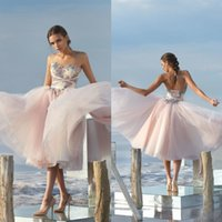 Charming Blush Pink A Line Homecoming Vestidos Sweetheart Neckline Appliques sem mangas Lace Up Short Prom Vestidos Elegante Cocktail Dress
