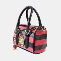 Harry Potter Hogwarts Crest Satchel w / <b>Zippered Purse</b> e Metal Charm Bolsa de 2017 nova chegada 0601355
