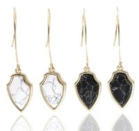 Wholesale Marble Gifts - Fashion Arrow Shape Dangle Earrings Black and White Faux Marble Stone Tready Drop Earrrings for Women