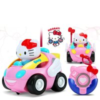 Vente en gros- Enfants RC Toy Hello Kitty KT Cat Télécommande Voiture Doraemon Rose Musique électronique Light up Cute Funny Kids Gift