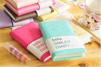 cadernos em couro venda por atacado-Negócios e Estudantes Bonito Colorido Mini Sorriso Caderno De Couro 7.5 * .12.5 CM 192 Folhas De Fio Encadernado 90 g / pc Diário De Moda