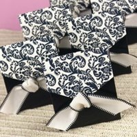 Wholesale Flourish Gifts - Wholesale- Black Flourish Favor Boxes Party Gifts Candy Boxes Paper With Ribbon12pcs