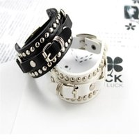 Wholesale New Fashion Womens Girl Adjustable Wide Leather Belt Clasp Rivet Bracelet Bangle Hand Chain Gift Colors for Men