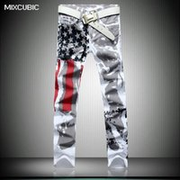 pintura inglaterra al por mayor-Al por mayor-MIXCUBIC llegada Inglaterra estilo bandera americana jeans impresos hombres lavado casual delgado pintado jeans impresos hombres de gran tamaño 28-42