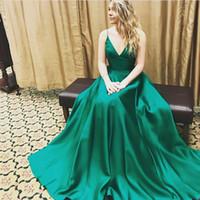 Wholesale illusion dinner dresses - Green Elegant Formal Dinner Dress V Neck Spaghetti Straps Party Dresses Open Back Prom Dresses 2017 Evening Dresses Long