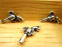 Wholesale 60pcs star Gun Charms Antique silver handguns Pistols Guns Charms Pendants x14mm