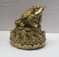 Wholesale Brass Toad - Metal crafts Chinese brass Carved Coin Toad Statue, Home Decoration Feng Shui Metal Frog Sculpture