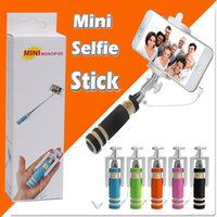 Faltbare Super Mini Wired Selfie Stick Handheld Ausziehbare Monopod -Built in Bluetooth Shutter Anti-Rutsch Griff kompatibel mit Handy