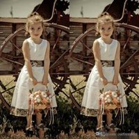 New Camo Flower Girl Abiti Jewel Neck Zipper Back Tea Lunghezza White A Line Custom Made 2017 Camouflage Wedding Guest Dress