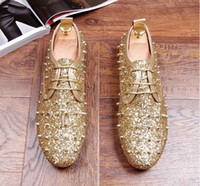 Wholesale Shoes Heels Black Golden - Top Quality Men's Golden Red Black Wedding Party Shoes Spikes Men Loafers Rivets Casual Dress stage Soft bottom Shoes Men Flats gg221