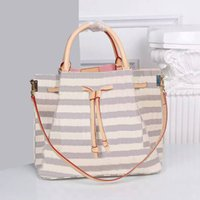 Wholesale England Plaid Women - Elegant Genuine Leather Womens Totes Medium Motorcycle Handbags England Style Plaid Ladies Totes with Large Capacity 41579