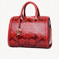 национальные тенденции сумки оптовых-Wholesale- 2016 Noble Handbag Red Flowers Crossbody Bag PU Leather Embossing Flower Single Shoulder Totes National Trend  BT0000018