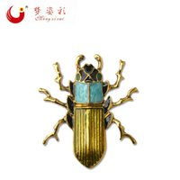Wholesale Beetle Pin - Wholesale- 2017 New Arrival Gold Alloy Cockroach Broaches Retro Brooch Beetles Beetle Brooch Pin Accessories X1794