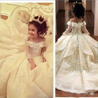 Compra Le Ragazze Tre Quarti Di Lunghezza Vestito-Fashion Ball Gown Bateau A tre quarti di lunghezza del pavimento Corte lunghezza Organza Lace Applique a file Flower Girl Dress