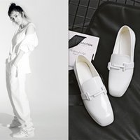 Manteaux Femmes Square Toe Slipony Fashion All Match Blanc Boucle en cuir verni Chaussures féminines Comfort Ladies Street 2017 New Drop Shipping