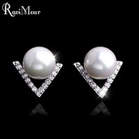 Wholesale Mother Pearls Brand Wholesale - RAVIMOUR Brand V Triangle Design Stud Earrings for Women Fashion Imitated Pearl Jewelry Silver Color Cubic Zirconia Earing 2017