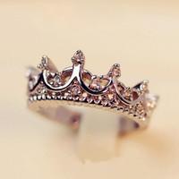 düğün markası taçları toptan satış-Kraliçe Gümüş Taç Yüzükler Kadınlar Için Punk Marka Kristal Mücevherat Aşk Yüzükler Kadın Bijoux Düğün Nişan Yüzükleri Ücretsiz Kargo