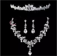 Wholesale beaded hair tiaras resale online - Bridal Tiaras Hair Necklace Earrings Accessories Wedding Jewelry Sets cheap price fashion style bride hair dress bridalmaid