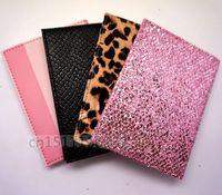 leopar derileri toptan satış-Sıcak 2018 YENI Moda Pembe şerit Seyahat Pasaport KIMLIK Kartı Kapak Tutucu Kılıf Suni Deri Gül Leopar Koruyucu Cilt Organizatör