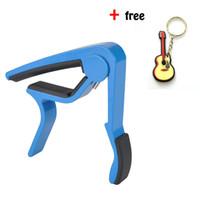 grampos para guitarra venda por atacado-Guitarra Capo Rápida Mudança Acoustic Guitar Acessórios Trigger Capo Key Clamp Azul -Alumínio
