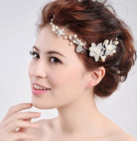 Wholesale Wedding Forehead Headdress - 2017 New Ladies Headbands High Grade Pearl Diamond Headdress Bride Eyebrows Fall Forehead Chain Wedding Jewelry Fashion Jewelry