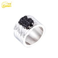 Wholesale Matching Wedding Rings - The new color steel ring female bear all-match Europe Department of atmospheric radiation proof stainless steel titanium ring