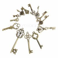 Vente en gros-13 Antique Vintage Old Look Skeleton Keys Lot Bronze Tone Pendants Jewelry Mix